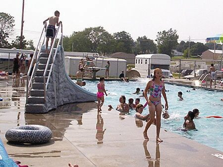 kids at the swimming pool